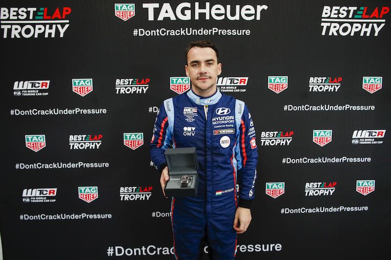 WTCR レース2ウィナーのミケリスが、タグホイヤー・ベストラップトロフィーを獲得