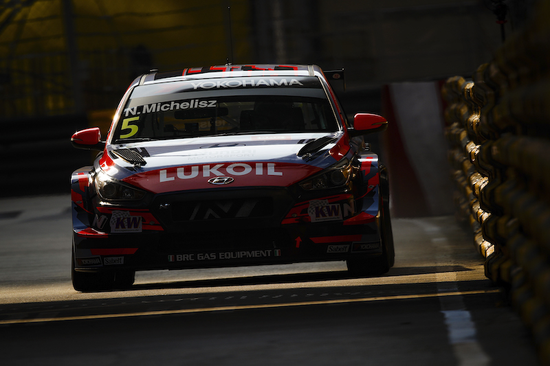 WTCR Free Practice 1 flash: Michelisz fastest from Muller