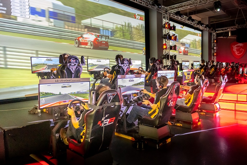 Esports WTCR OSCARO live Malaysia final racers confirmed
