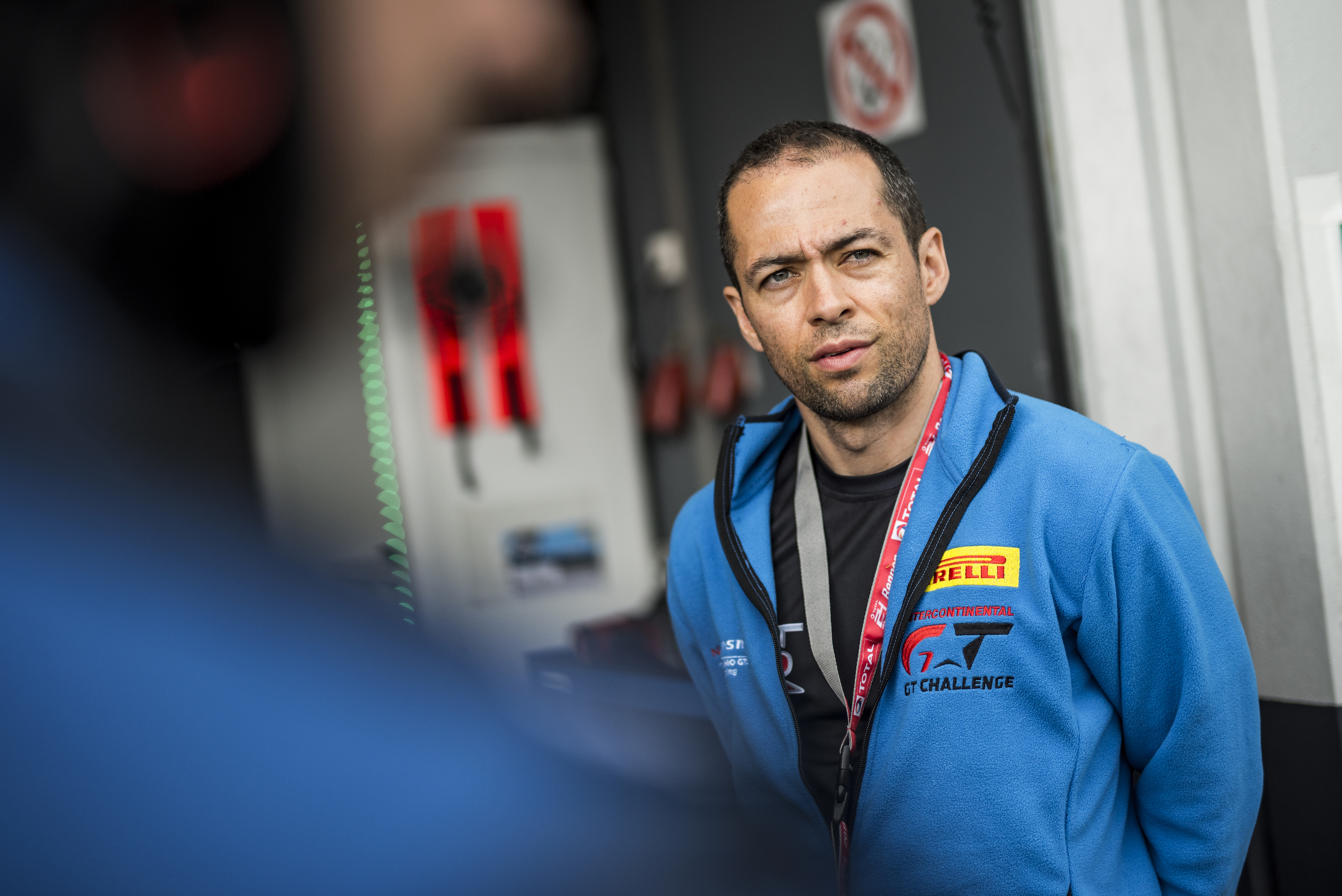 "De Oliveira needs to put front-wheel drive ""in the brain"" after WTCR test"