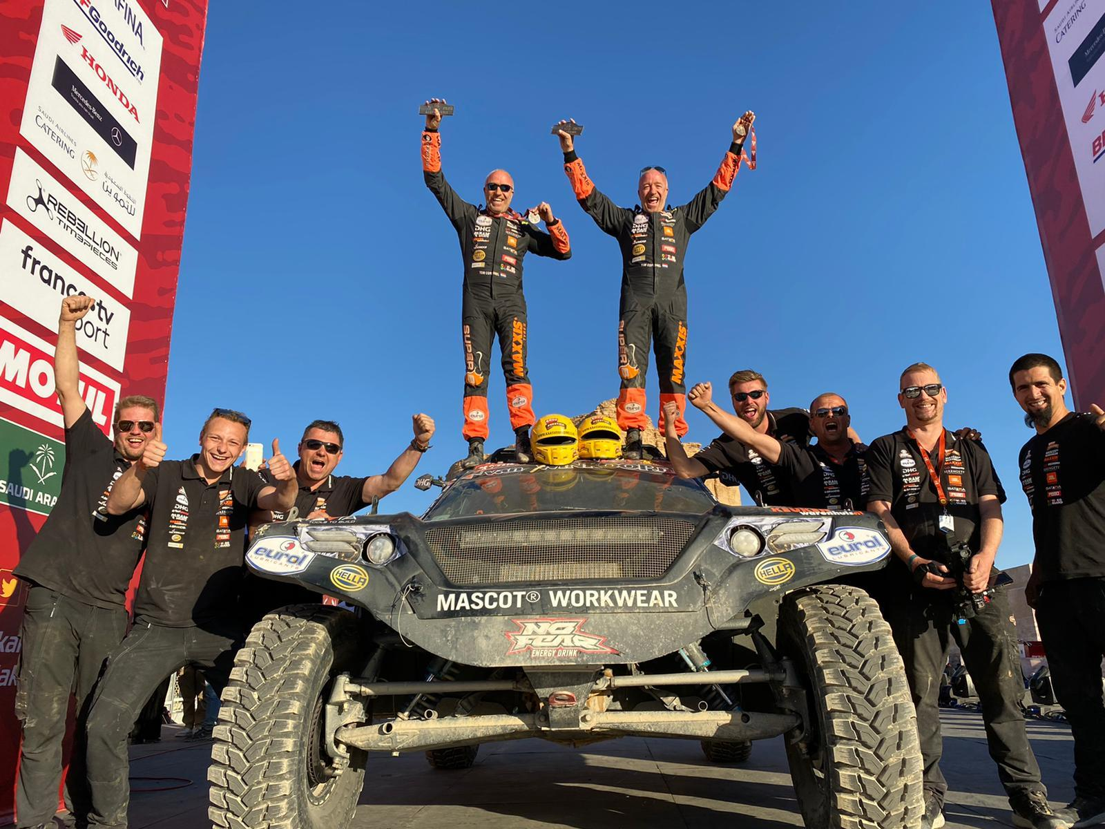 Twin-tastic! WTCR's Tom Coronel and brother Tim score Dakar best