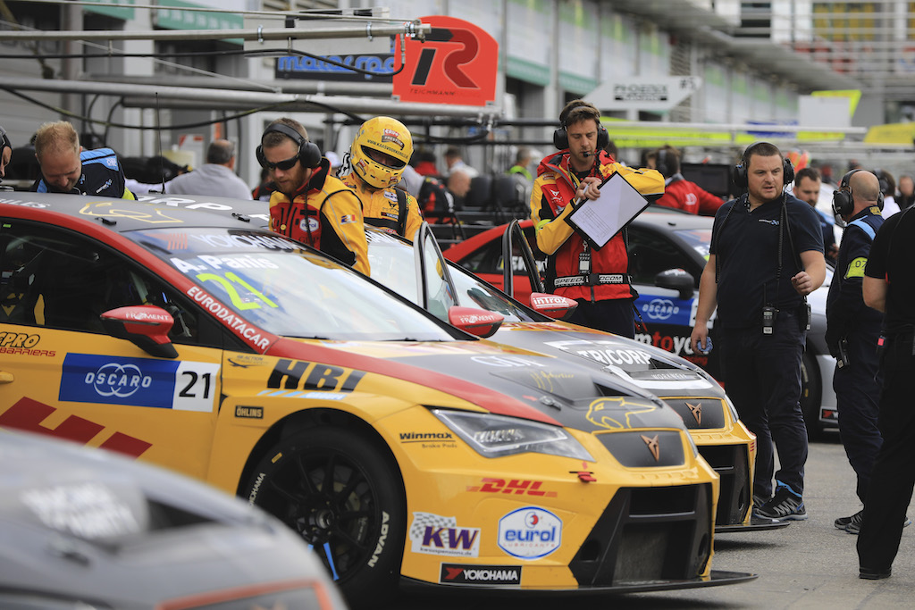 WTCR Teamwork: #1 Comtoyou Racing