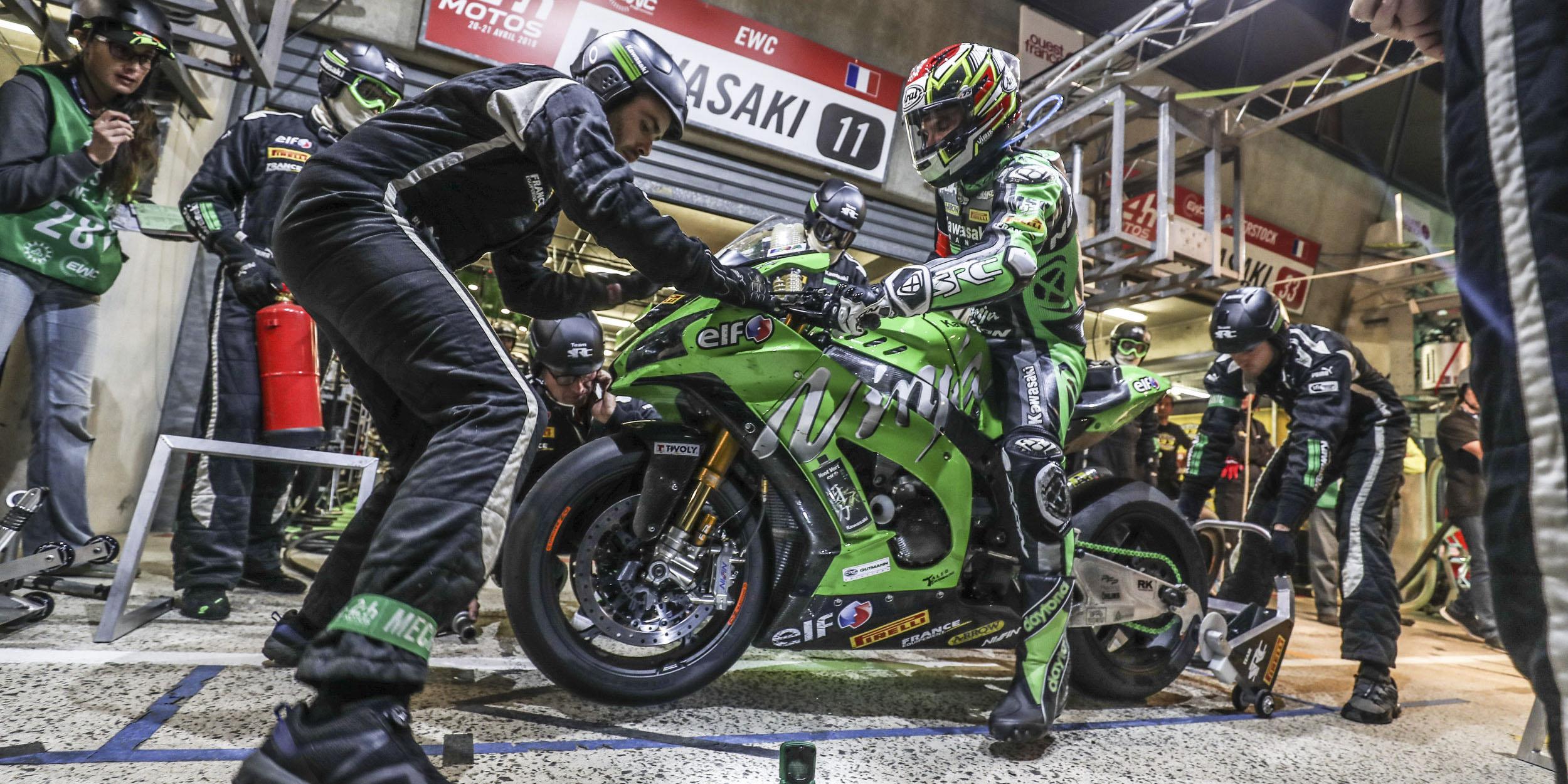 SRC Kawasaki résiste en tête