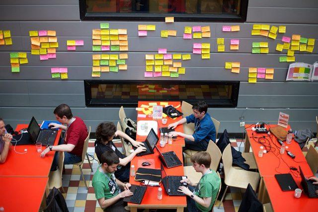 hackaton schoolwijzer gemeente amsterdam open data api IBM city challenge