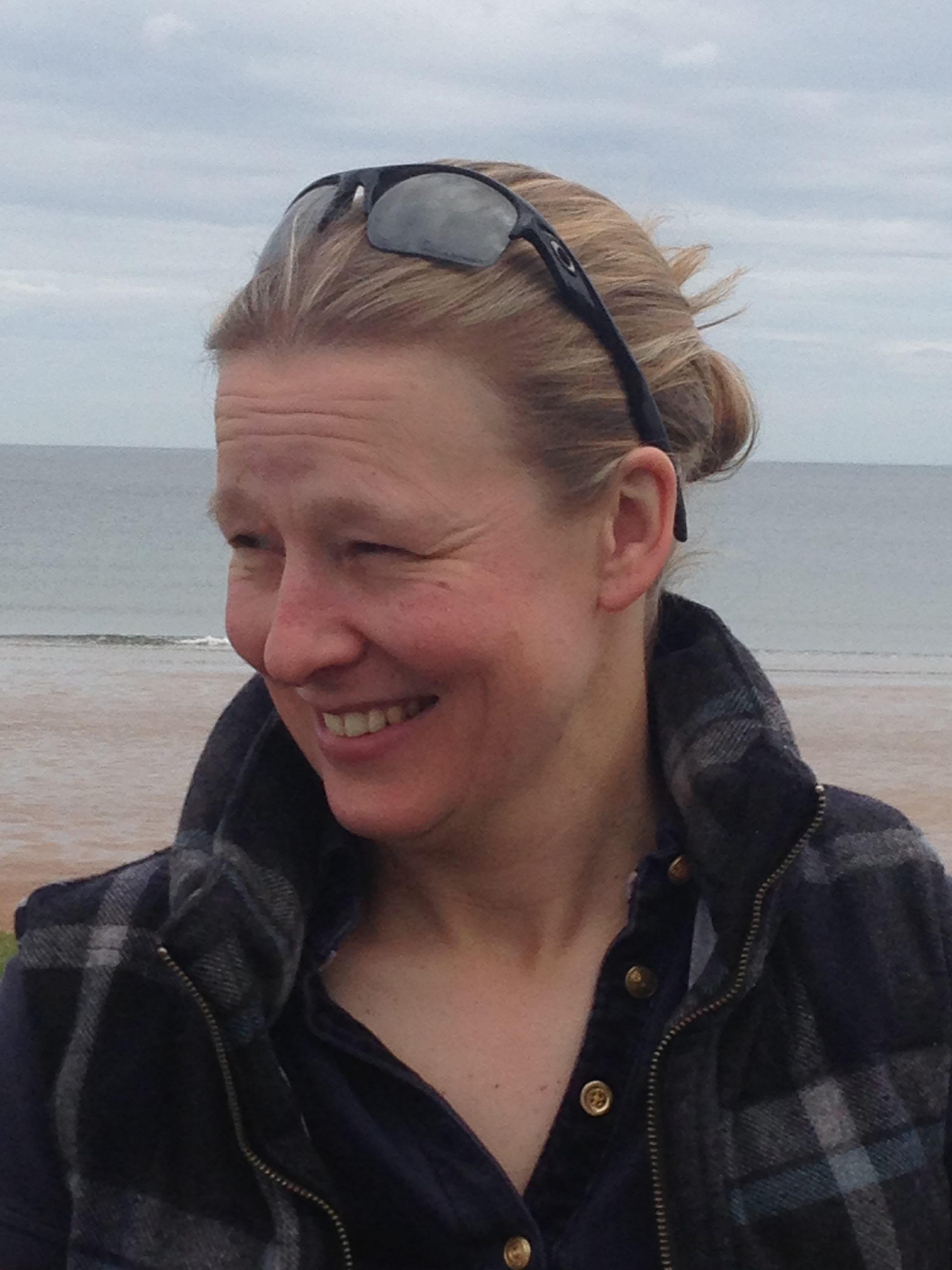Dr Emma Defew profile photo