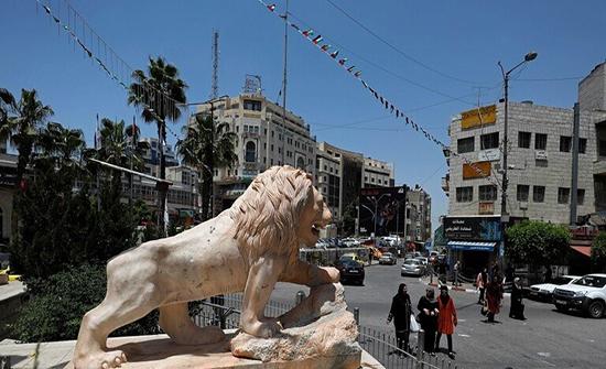 إسرائيل تفرج عن معدات فلسطينية خاصة بنظام جواز السفر البيومرتي