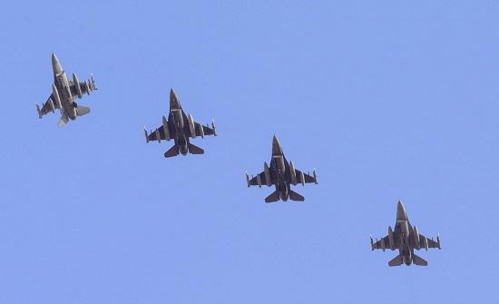 واشنطن : مقاتلات تابعة للحرس الوطني وصلت الأسبوع الماضي إلى قاعدة بالخليج العربي