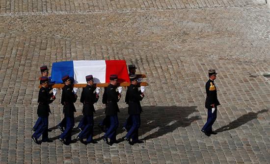 صور : مراسم تشييع جثمان الرئيس الفرنسي الأسبق جاك شيراك