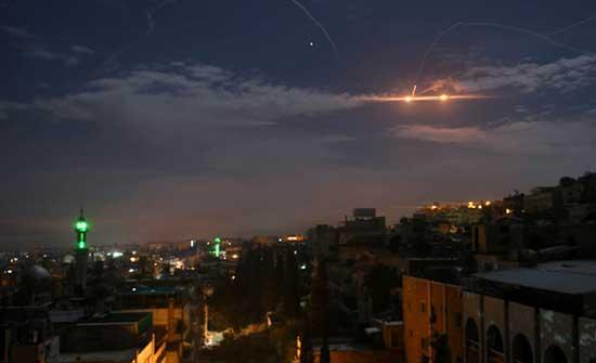 اصابة 6 جنود سوريين جراء غارات إسرائيلية على موقع التيفور العسكري