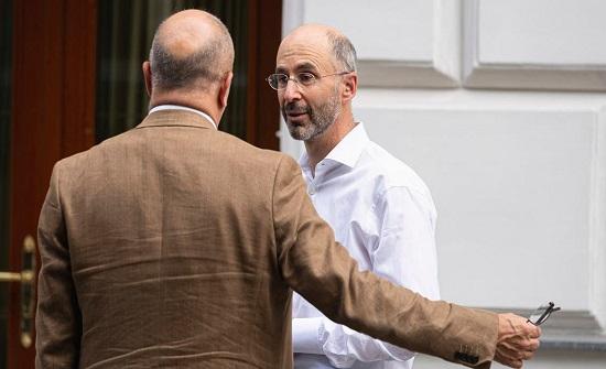 واشنطن: لن نقبل باتفاق جزئي مع إيران حول المعتقلين