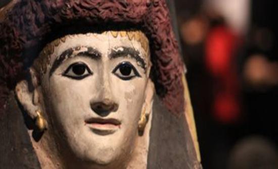 المومياوات المصرية القديمة تغزو متحف بوفالو للعلوم بأمريكا..صور