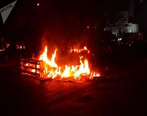 لبنان... محاولات لاقتحام القصر الرئاسي والمتظاهرون يهتفون: ارحل