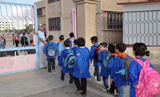 دودين: خطة لتطعيم جميع المعلمين قبل أيلول