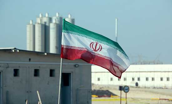 تحت وقع العقوبات.. محطة للطاقة النووية مهددة في إيران