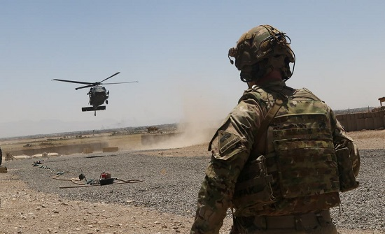واشنطن وأفغانستان.. مسؤولون لا يرون فائدة من البقاء