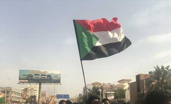 """""""الشيوعي السوداني"""" يدعو لإقامة سلطة """"مدنية كاملة"""""""