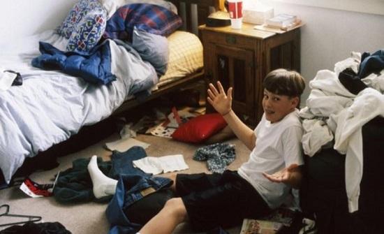 اتبعي هذه الخطوات لتجعلي ابنك المراهق يرتب غرفته