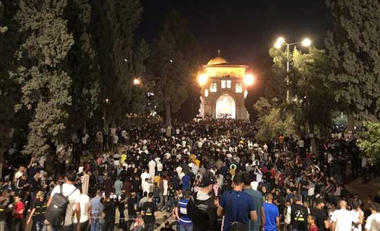 السيناتور كريس ميرفي: أشعر بقلق عميق إزاء أحداث العنف الأخيرة في القدس