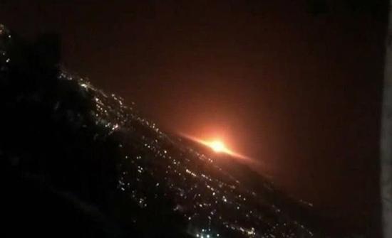 في موقع حساس... انفجار ضخم قرب طهران ..بالفيديو