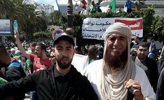 الجزائر: شخص يدعي النبوة ويزعم أنه مرسل للشعب ولقائد الجيش! ـ (صور وفيديو)
