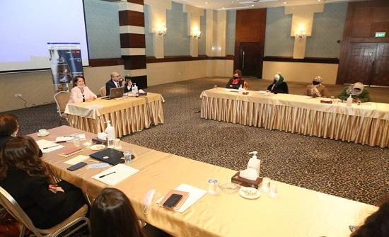 النساء العربيات تعقد مائدة مستديرة عن ائتلاف الهدف الخامس