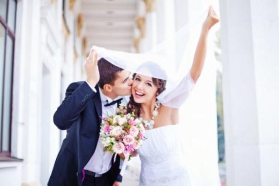 قرار رسمي.. لا زواج أو طلاق في دبي!