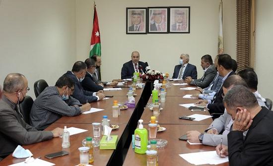رئيس مجلس النواب يؤكد دعم مطالب الصحفيين - صور