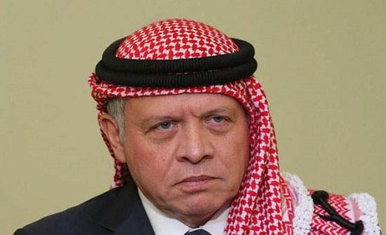 الملك يعزي الرئيس التونسي بضحايا حادث الحافلة