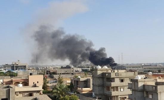 """رغم """"هدنة كورونا"""".. حفتر يواصل قصف طرابلس لليوم الثاني"""