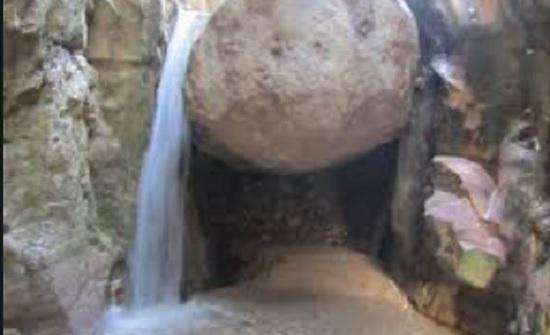 وادي ويدعة في الكرك وجهة للسياحة العلاجية والاستجمام والمغامرات