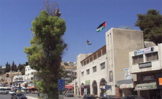 بلدية عجلون توقع اتفاقية تأجير مساحات إعلانية