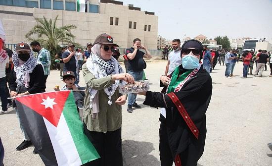 وقفة تضامنية لنصرة الشعب الفلسطيني أمام مسجد الكالوتي