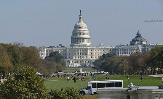 ترمب يبلغ الكونغرس بإرسال 3 آلاف جندي للسعودية