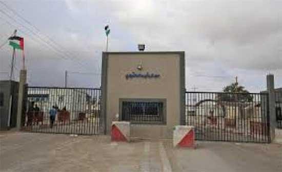 الاحتلال يعيد فتح معبر ابو سالم أمام دخول الاغذية والوقود