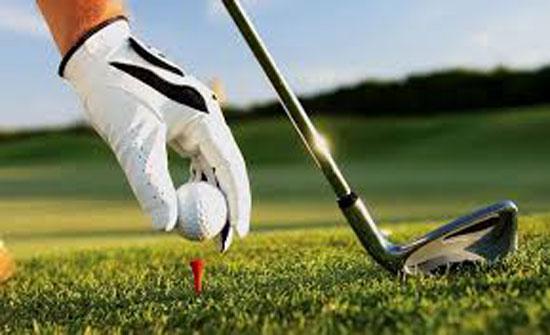 أنشطة تدريبية لرياضة الجولف للشباب وأطفال متلازمة داون