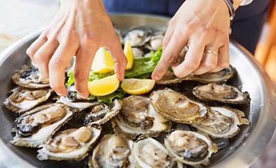 5 أطعمة منتشرة تعرض صحتك للخطر (صور)