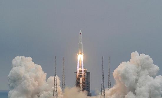 الكشف عن موعد مرور الصاروخ الصيني التائه عبر سماء مصر والأردن
