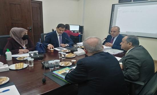 لجنة التعليم والشباب النيابية تطلع على خطط وبرامج المركز الوطني لتطوير المناهج