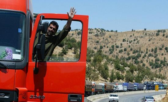 مسؤول: السماح للشاحنات السورية بدخول الأراضي السعودية عبر الاردن