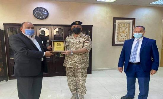 رئيس جامعة العلوم الإسلامية ومدير الثقافة العسكرية يبحثان التعاون المشترك