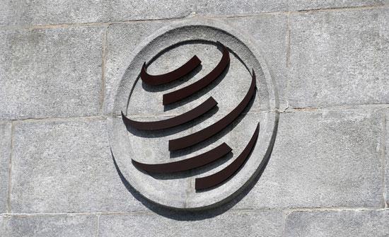 جدل داخل منظمة التجارة بشأن التنازل عن حقوق الملكية الفكرية للقاحات كورونا