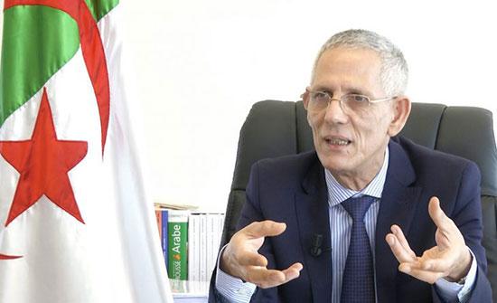 """تصريح لوزير الصناعة بأن """"السيارة ليست ضرورية للمواطن"""" يستفز الجزائريين! .. بالفيديو"""