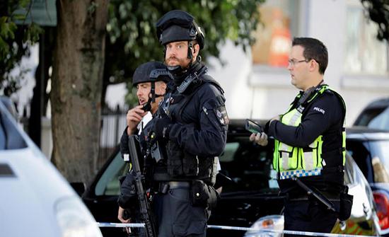 الشرطة البريطانية تحيل ملف التحقيق بالهجوم في مانشستر لأجهزة مكافحة الإرهاب