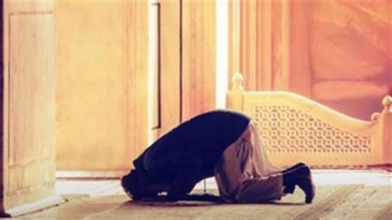 """كيف أواظب على الصلاة.. الإفتاء المصري تنصح بأمر واحد """"فيديو"""""""