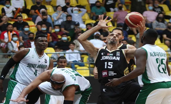 منتخب السلة يفوز على نظيره السعودي ببطولة الملك عبدالله الثاني