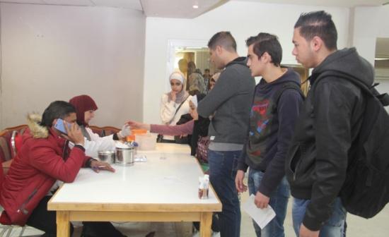 البلقاء التطبيقية تنظم الحملة العاشره للتبرع بالدم