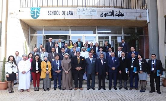 خبراء أكاديميون: ضرورة اعتماد منهج لمكافحة الفساد في الجامعات يدرس باللغة العربية