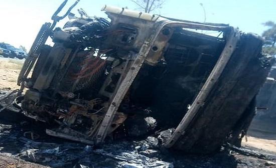 إصابتان إثر حادث تدهور تريلا في عمان