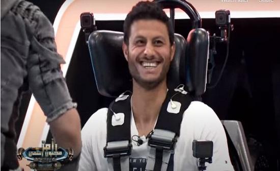 """هدوء غير مبرر .. فيديو جديد يكشف فبركة برنامج """"رامز مجنون رسمي"""" في حلقة محمد الشناوي"""
