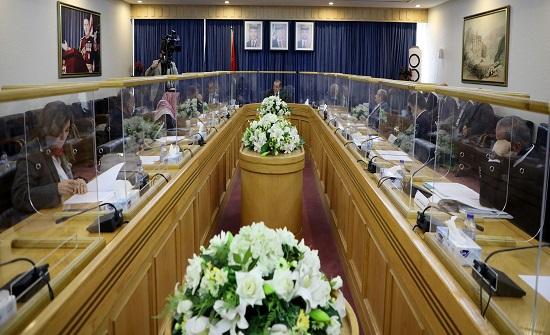 قانونية الأعيان تناقش ورقة الإصلاح السياسي والتنمية السياسية